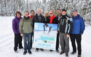 ski-de-fond-le-club-amiski-aura-sa-nouvelle-surfaceuse-003-620x348